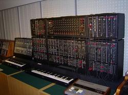 浜松楽器博物館22 Roland system700.jpg